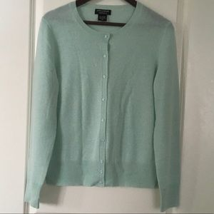 LORD AND TAYLOR 💯 CASHMERE CARDIGAN SIZE L